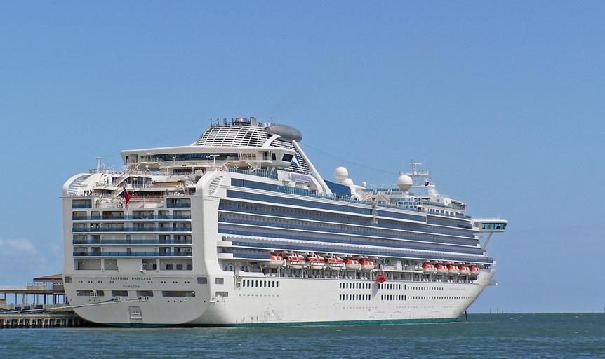 cruise-ship-port-ship-boat-sea-613443